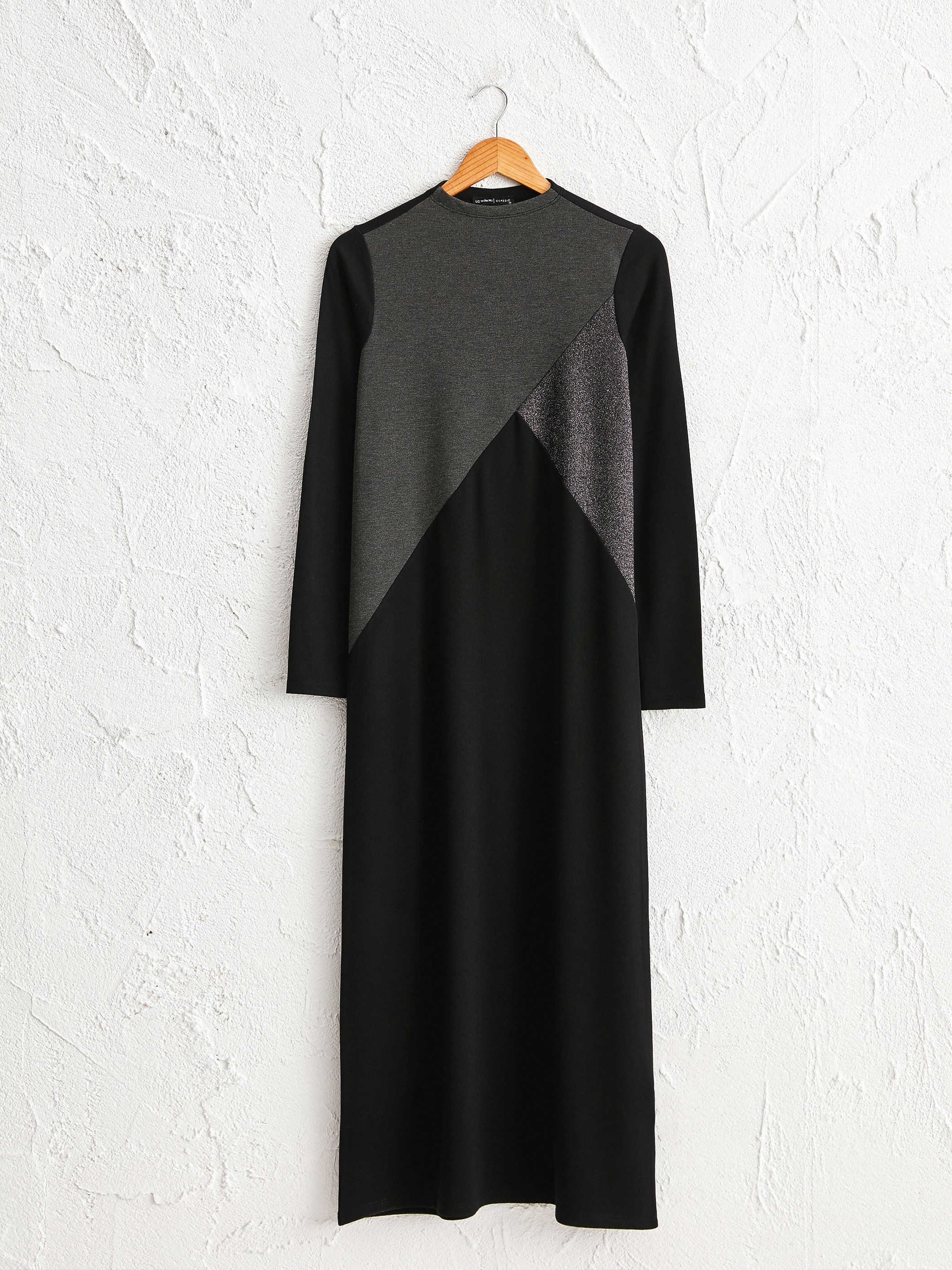 BLACK - Colour-Block Maxi Dress - 0WBU12Z8