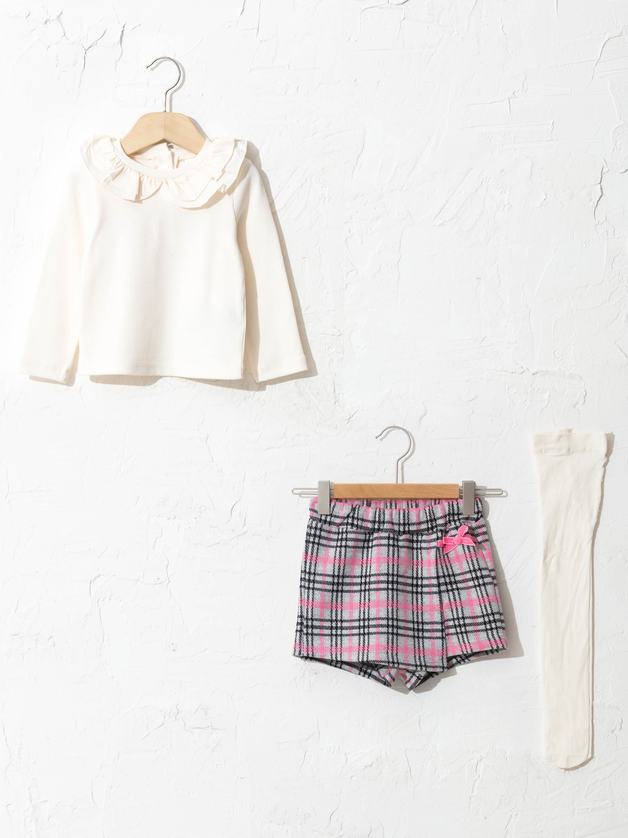 ECRU - Crew Neck Long Sleeve T-Shirt Plaid Shorts and Tights 3 Pieces - S17387Z1