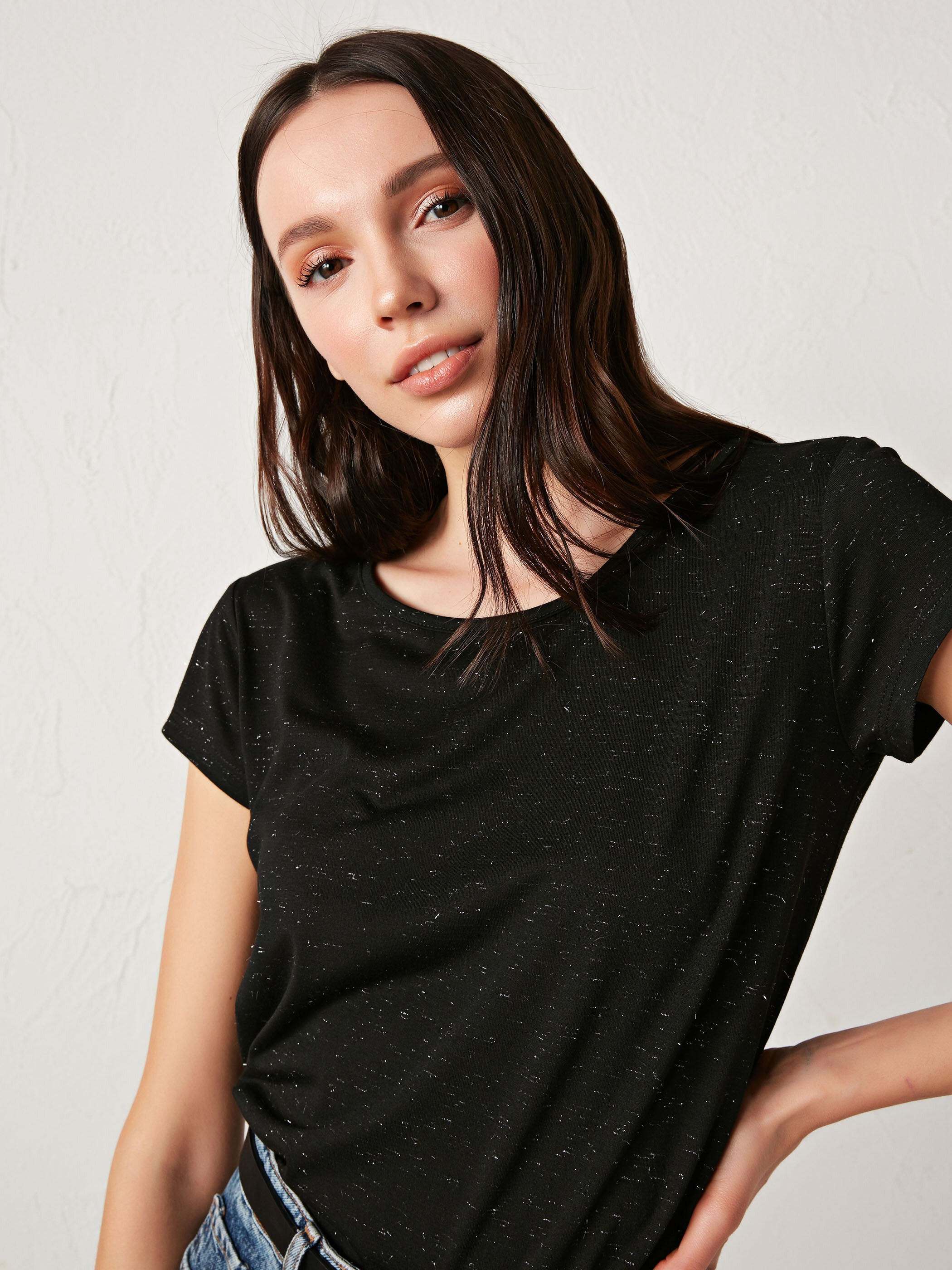BLACK - Crew Neck Plain T-Shirt - S16994Z8